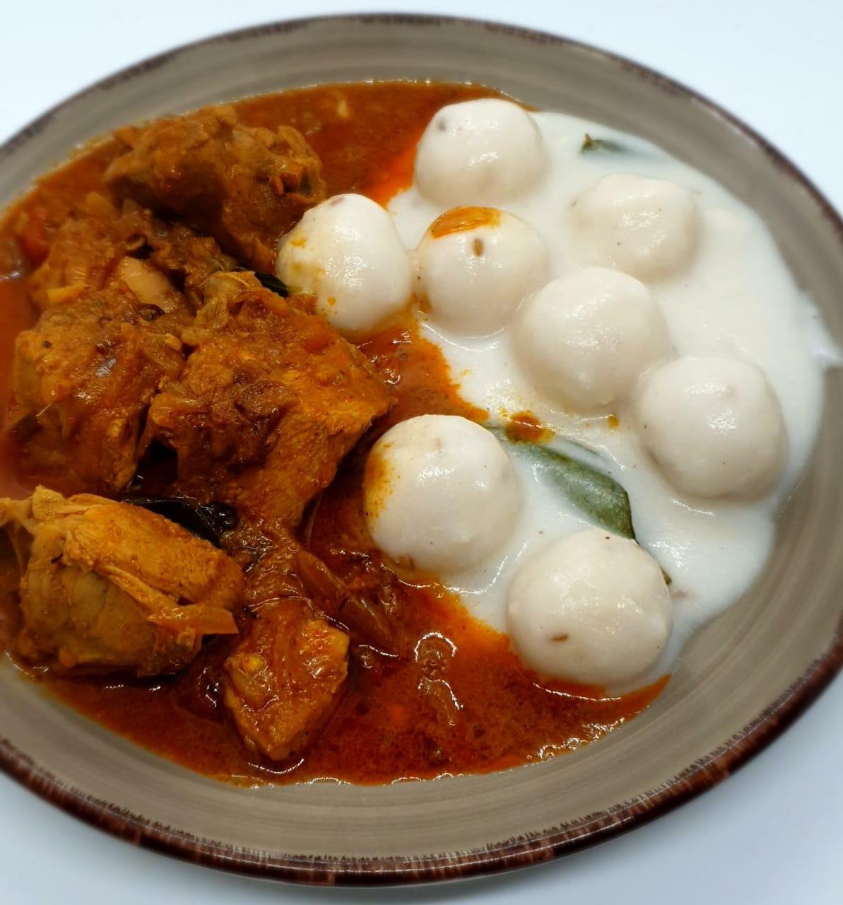 Pidi and Kozhi Curry